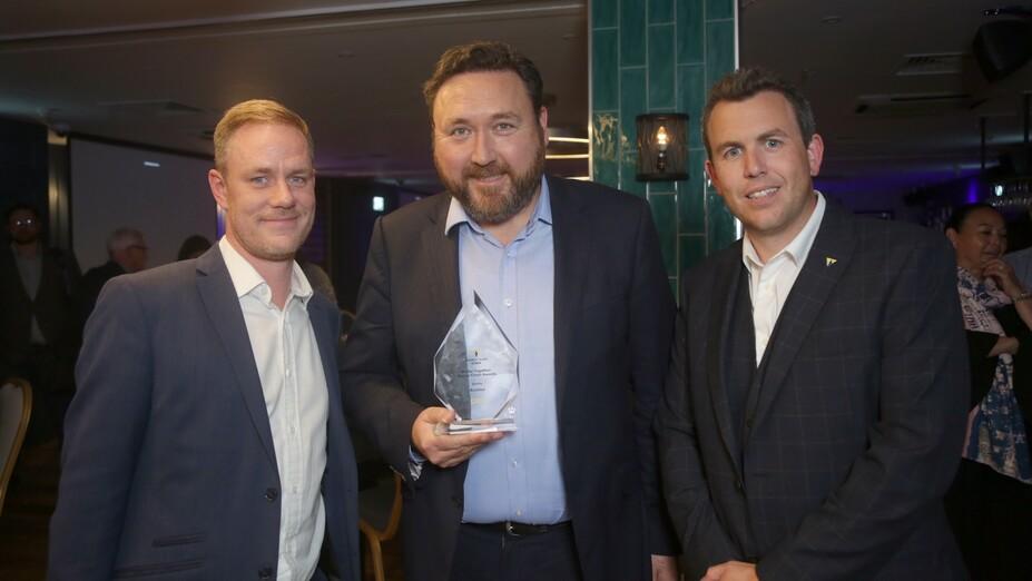 article illustration, supply chain award, quality award, willmont dixon, andy edwards, Steve Watson, Kevin Dundas, rockfon, uk