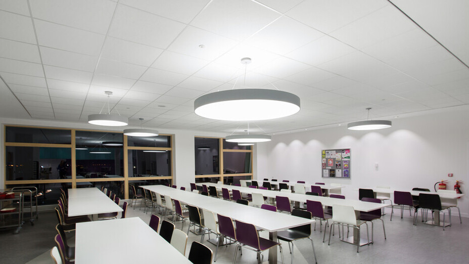 Inverness College,UK,Scotland,Inverness,BDP Architects,DV McColl,Alison White Photography,ROCKFON Artic,white