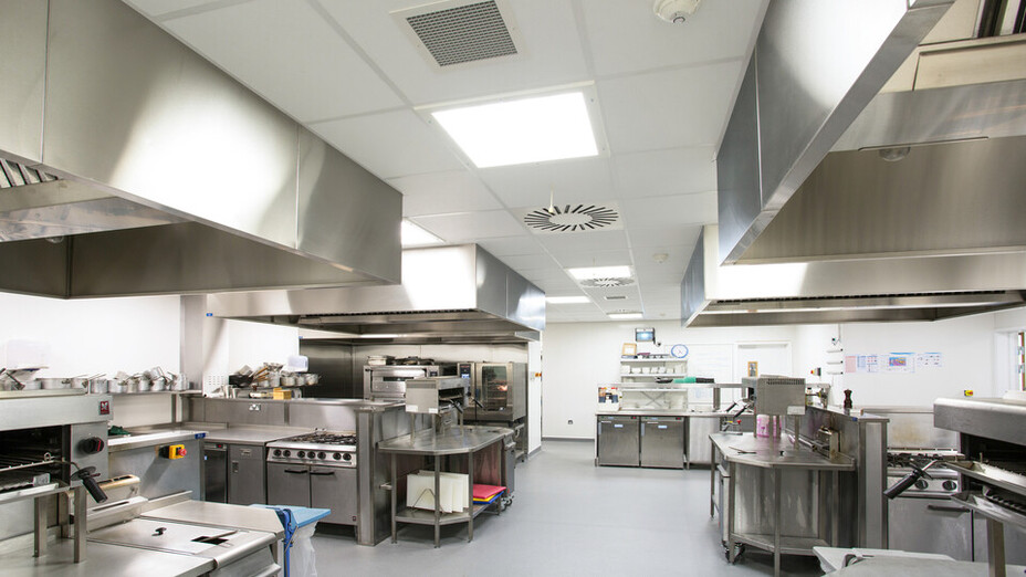 Inverness College,UK,Scotland,Inverness,BDP Architects,DV McColl,Alison White Photography,ROCKFON Hygienic,A-edge