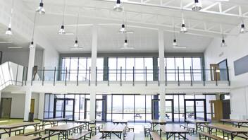 Skibbereen Community School,Ireland,Skibbereen,County Cork,8.750 m²,Wilson Architecture,SIG,Main Contractor BAM,Local Council,Laide & O'Brien,Ian Flavin,Education,Rockfon Artic,A-edge,600x600,white,Chicago Metallic T24 Click 2890